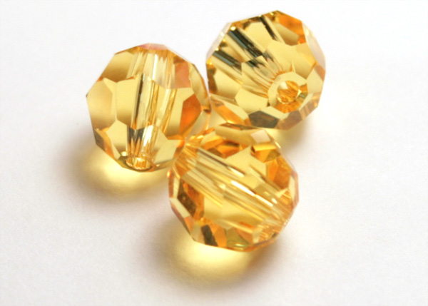 birthstone jewelry - yellow topaz